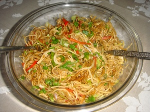 Hakka Noodles with Veggies